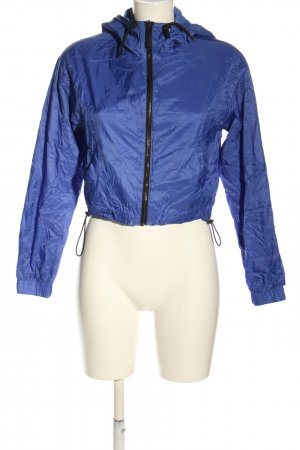 Bershka Impermeabile blu stile casual