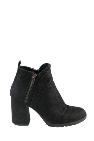 Bershka Reißverschluss-Stiefeletten schwarz Casual-Look
