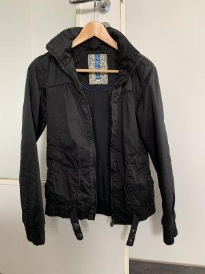 Bershka schwarze Jacke