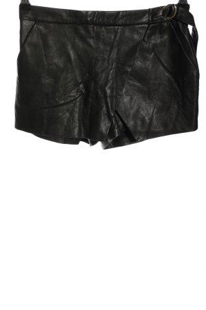 Bershka Shorts schwarz Casual-Look