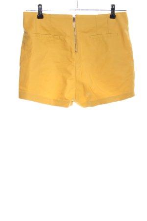 Bershka Shorts blassgelb Casual-Look
