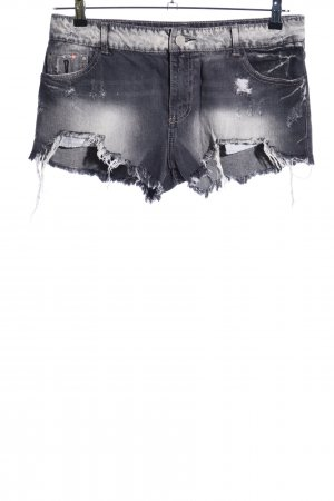 Bershka Shorts hellgrau-schwarz Farbverlauf Party-Look