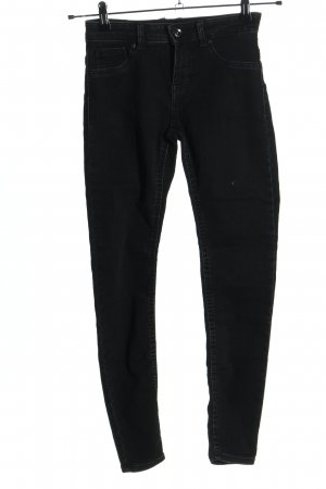 Bershka Skinny Jeans schwarz Casual-Look