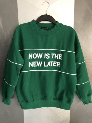 Bershka • Sweatshirt • Statement Gr. S