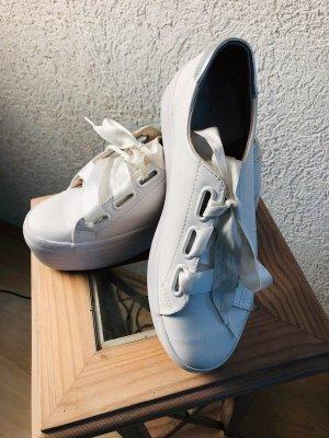 Bershka Wedge Sneaker white