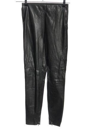 Bershka Pantalón de cintura alta negro look casual