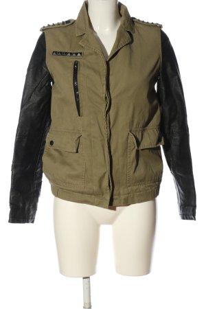 Bershka Between-Seasons Jacket khaki-black casual look