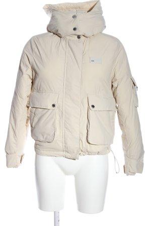 Bershka Kurtka zimowa w kolorze białej wełny W stylu casual