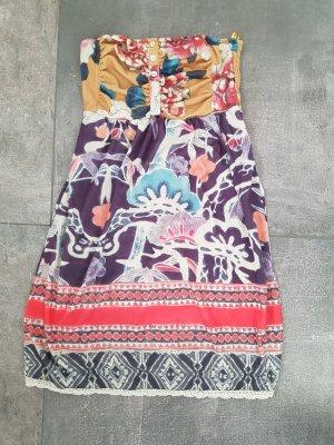 Berskha Kleid Größe M