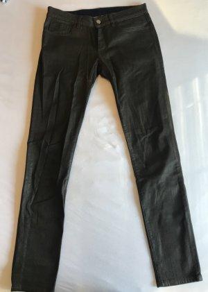 beschichtete Jeans in dunkelgrün