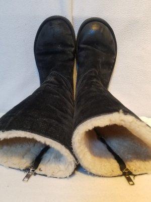 Besondere UGG Stiefeln in schwarz, mit Reißverschluss, Größe 39