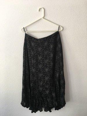 Besonderer langer schwarz-grauer Rock mit Muster von Marc Aurel