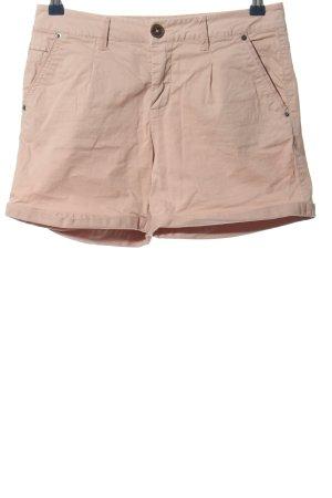 Best mountain Denim Shorts cream casual look