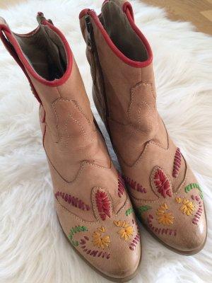Bestickte Ankle Boots von mjus