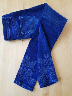 Bestickte Jeans von s.Oliver
