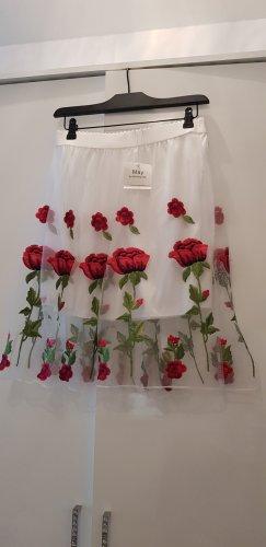 Bestickter Tüllrock in weiß mit roten Blumen
