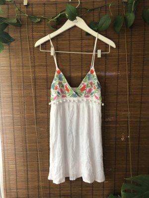 Besticktes Kleid Mini Sommerkleid mit Blumen