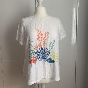 besticktes Shirt