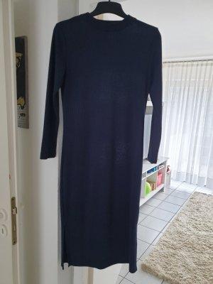 betontes Kleidchen