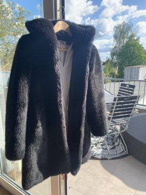 Betta Corradi Fake Fur Coat black