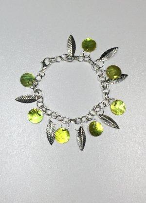 no name Bracelet à breloques argenté-vert prairie métal