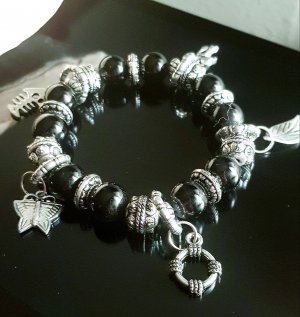 Bransoletka charm czarny-srebrny