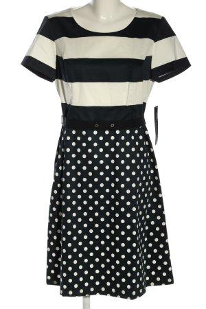 Betty Barclay Sukienka etui w kolorze białej wełny-czarny Wzór w kropki