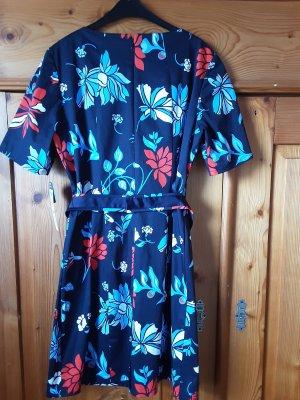 Betty Barcley, Sommerkleid in kräftigen Farben, Gr. 44