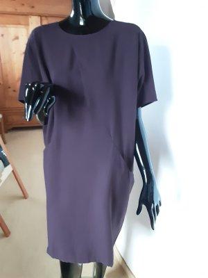 Betty & Co weit geschnittenes Kleid in dunkelviolett, Gr. 38 bis 40