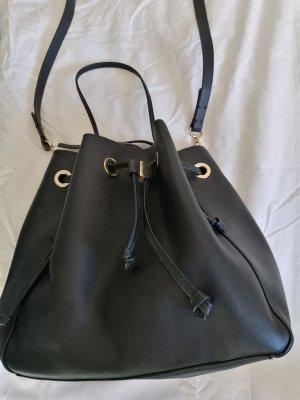 Zara Bolso tipo marsupio negro