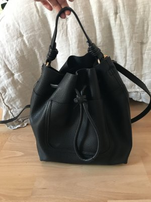 Beuteltasche schwarz Zara