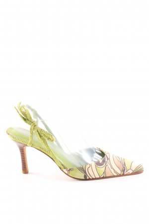 Beverly Feldman Pointed Toe Pumps allover print street-fashion look