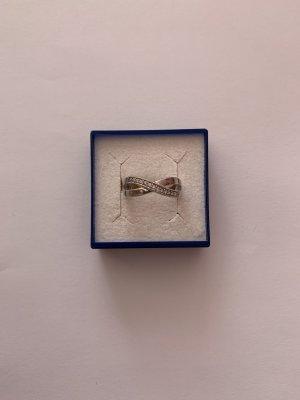 Bezaubender Silber 925 Ring mit vielen kleinen Zirkonia Steinen
