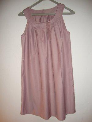 Bezauberndes Sommerkleidchen in rose