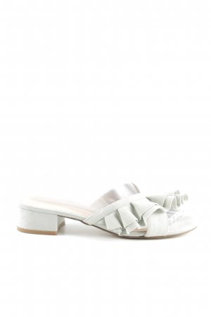 Bianco Strapped Sandals white casual look