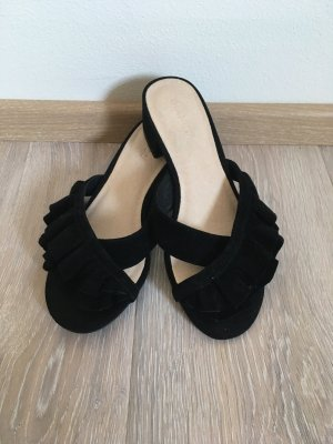 Bianco High-Heeled Toe-Post Sandals black leather