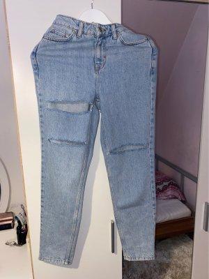 Biete ungetragene Mom Jeans