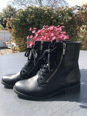 Biker Boots / Ankleboots / Stiefelette aus Vollleder