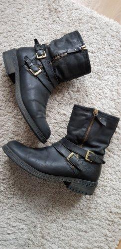 Deichmann Slip-on Booties black