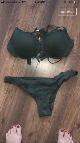 Hunkemöller Bikini verde oscuro