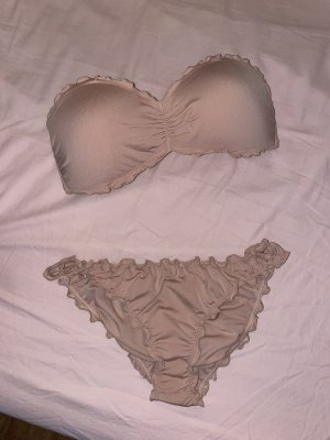 Bikini in puderrosa