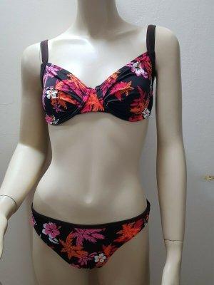 Bikini mit Blumen  schöner sommerlicher  Größe 36/ D Cup