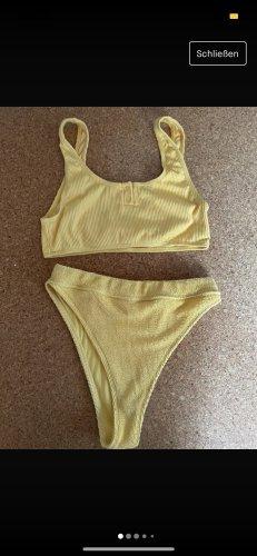 Bikini Nakd (Gerda Lewis)