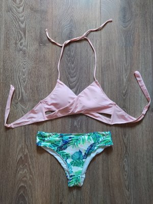 Bikiniset in Rose und Botanical-Print