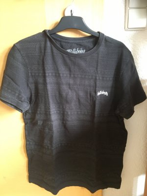 Billabong T-shirt mit Crossstitch Muster