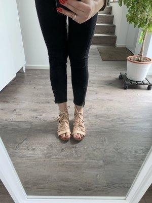 Binde-Sandalen aus Leder
