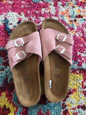 Birkenstock Sandalo con plateau rosa