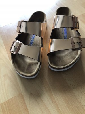 Birkenstock Sandales confort or rose