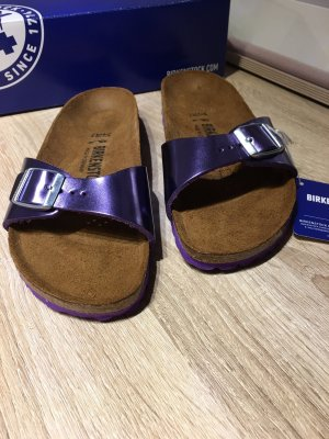 Birkenstock Flip-Flop Sandals lilac-lilac leather