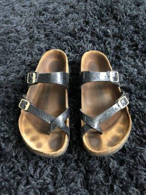Birkenstock Sandały korkowe  czarny-złoto